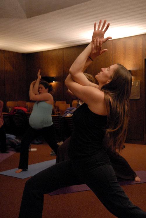 Stacy yoga class  45jolyn's.jpg