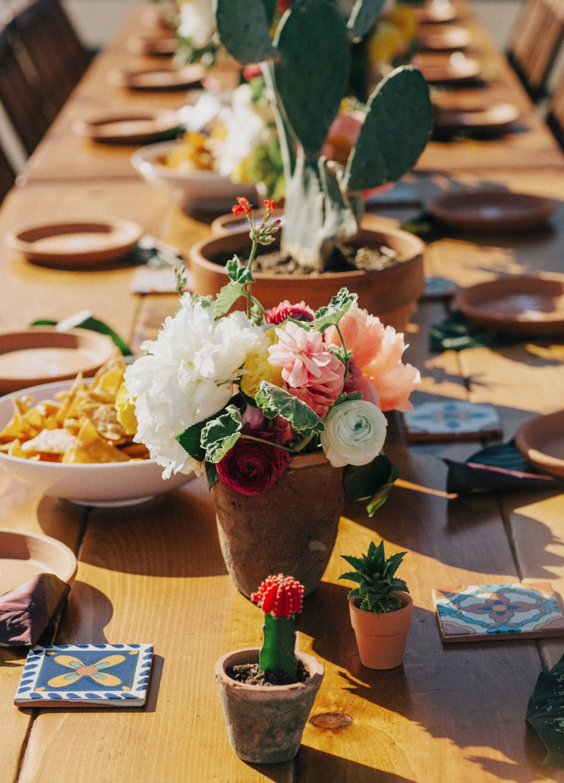 mexican-fiesta-table.jpg