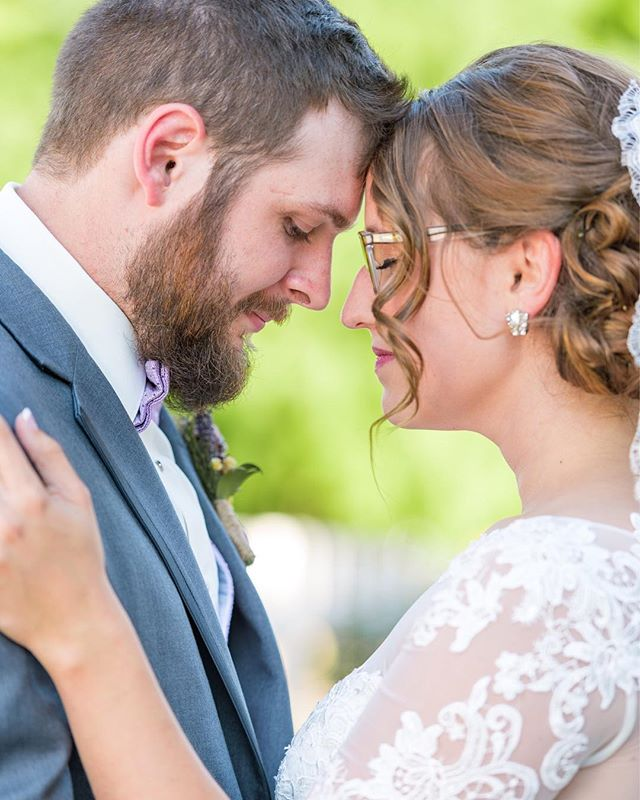 Oh how we loved being part of Brad and Chelsea's wedding celebration 🎉  This beautiful wedding is now being featured on the Blog {temporary link in profile} #stlouiswedding @dodsonorchards