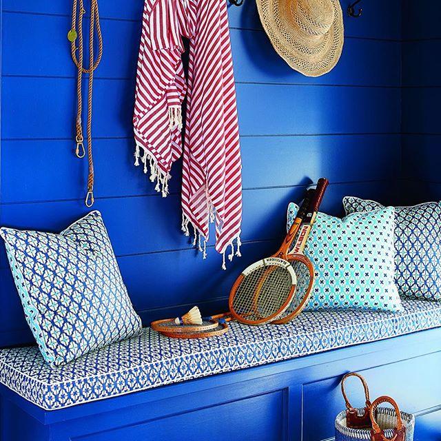 Make bold statement ! Cobalt blue! #designer #boldcolors #resdesign #freshenup #interiordesign behindthevibe.com