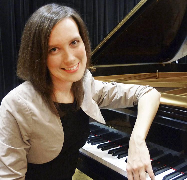 Radosława Jasik, pianist