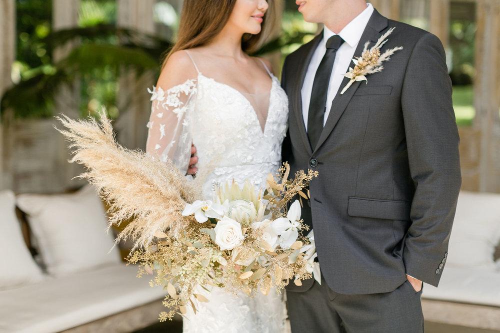 X0513_Haiku-Mill_Maui-Wedding-Photographer_Caitlin-Cathey-Photo_0052.jpg