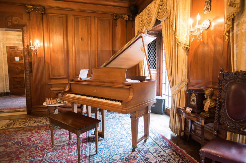 MLive: Public will get to 'shop around' at Motown mansion estate sale -