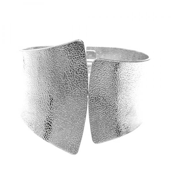 hb10069-silver-textured-hinged-bracelet_12.jpg