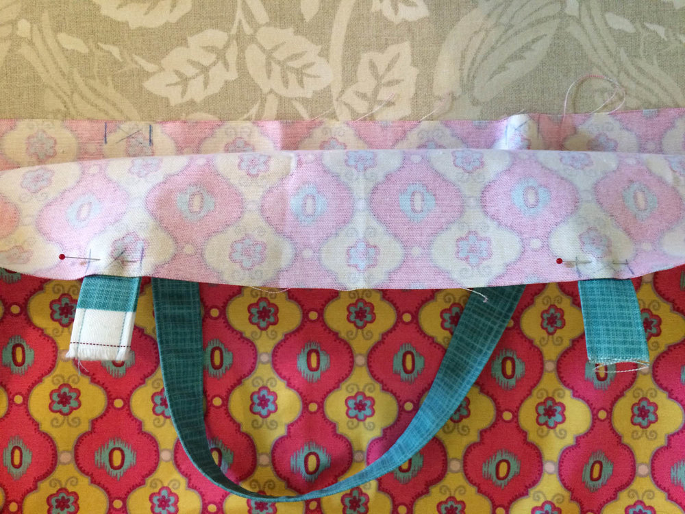 how to pin tote bag straps to lining