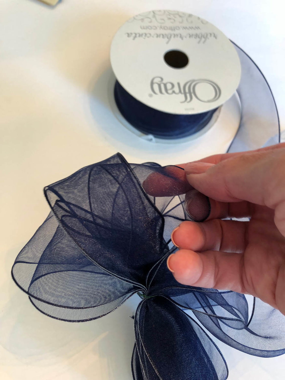 how to make a wire edge ribbon bow