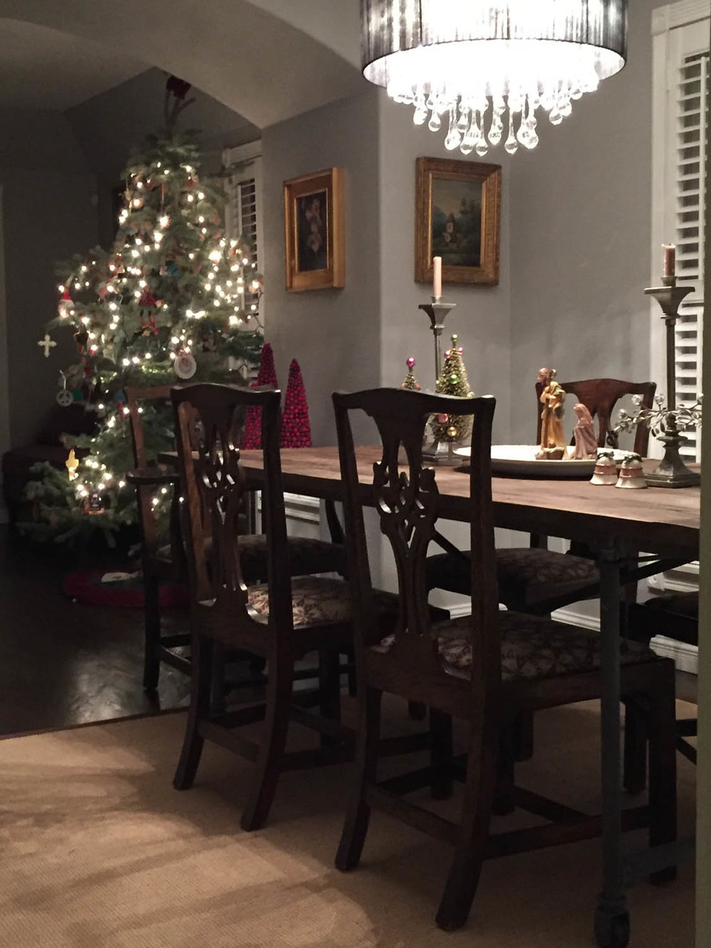 Dining room of Curtice Cottage at Christmas time