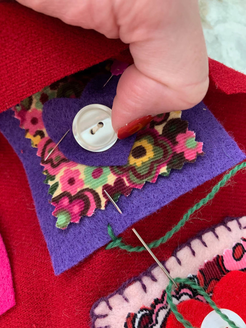 step 2 how to hand embroider blanket stitch on felt squares