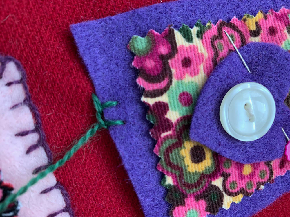 step 5 how to hand embroider blanket stitch on felt squares