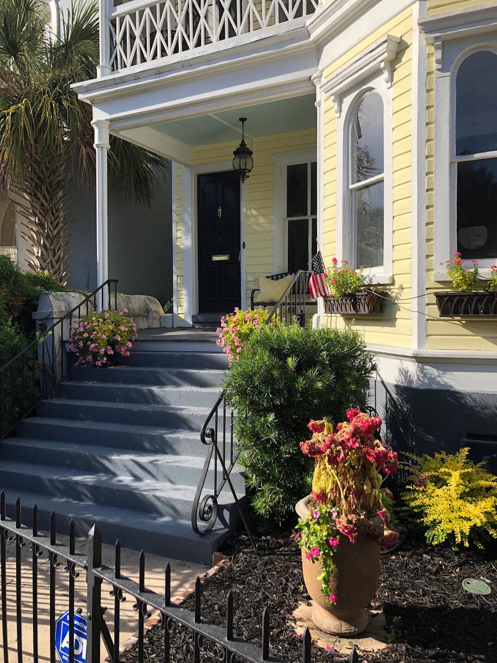 beautiful quaint yellow cottage in Charleston South Carolina