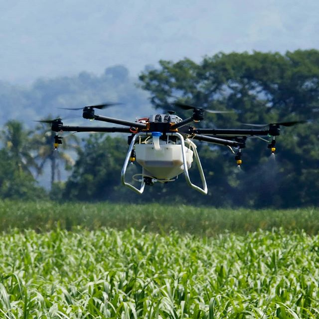 The Hylio Agrodrone is built for endurance and daily precision spraying.  20 Liter Liquid Capacity 💦  10 Hectares/Hour Coverage 🌿 Autonomous Operation 🚁  #sugarcane #crops #ElSalvador #agriculture #drones #drone #tech #droneoftheday