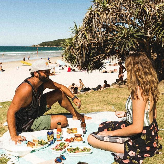 Barefoot Chook...good date grub. 😘 #shestakenthough . . .  #datenight #summer #food #picnic #healthy #food #barefootchook #byronbay
