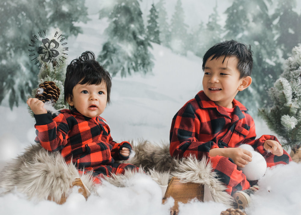 Toronto-NorthYork-Christmas-Minis-Holiday-Photographer-baby-children-kid-photo (40).jpg