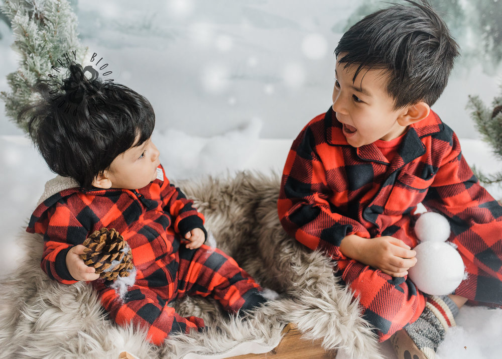 Toronto-NorthYork-Christmas-Minis-Holiday-Photographer-baby-children-kid-photo (41).jpg