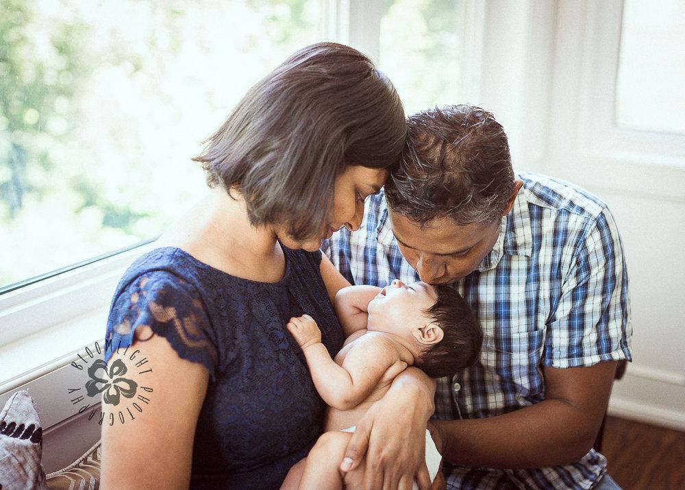 North York-Toronto-Newborn-Family-at-home-photography (6).jpg