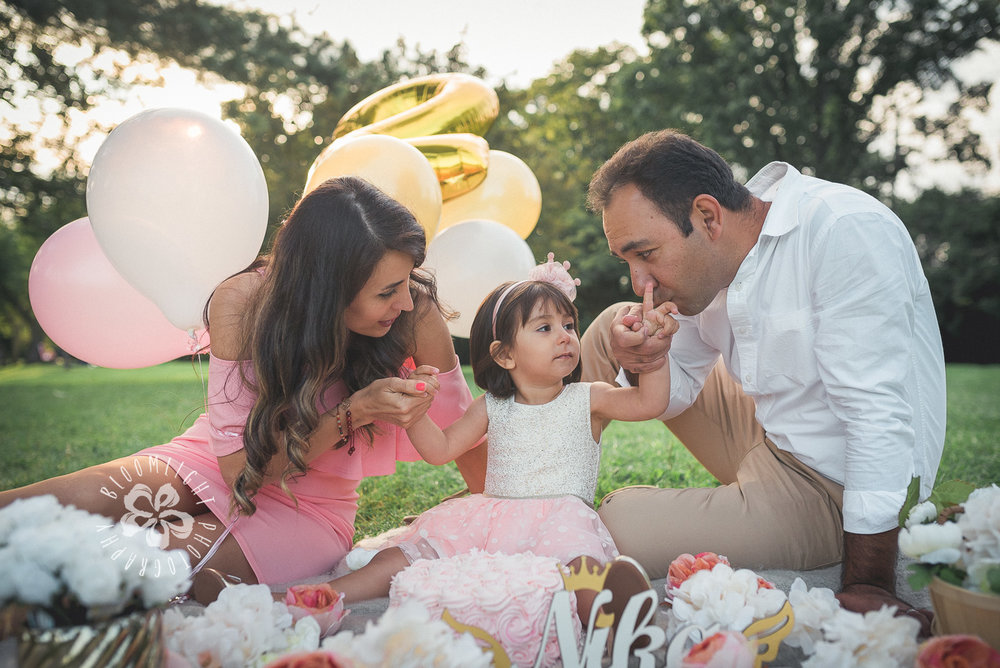 Second-Birthday-Outdoor-photo-Toronto-and NorthYork-baby-and-family-photographer (6).jpg