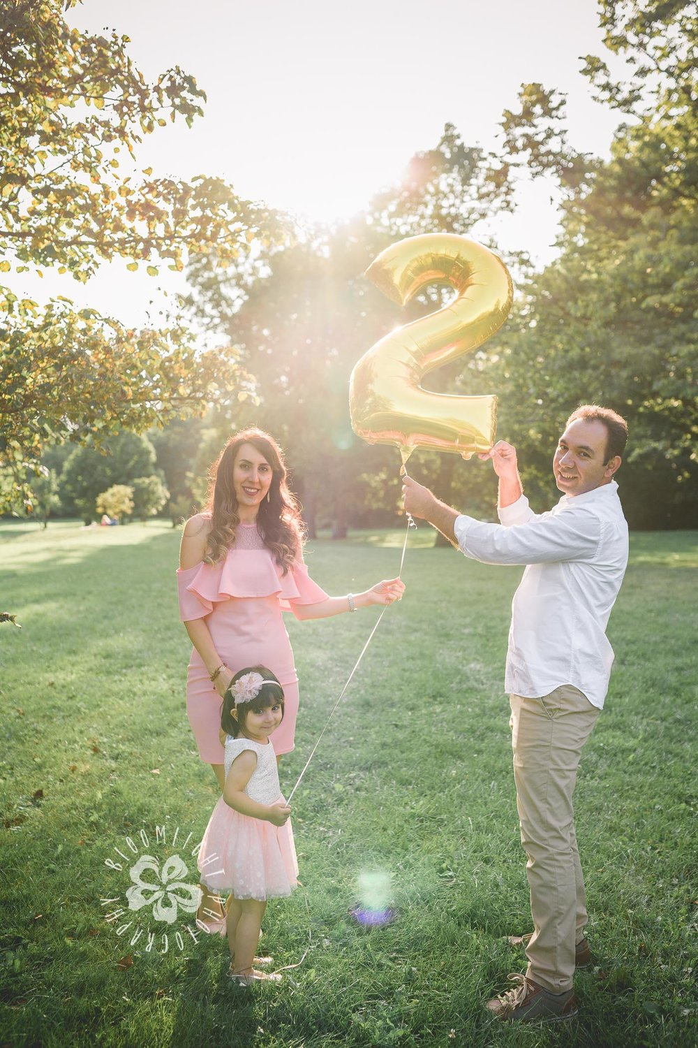 2nd birthday and family photo in a sunny evening in Toronto
