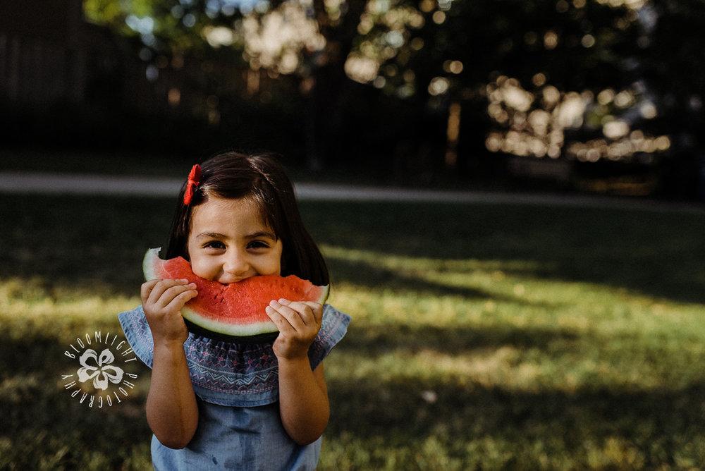 Baby-toddler-girl-summer-outdoor-photo-mini-North-York.jpg