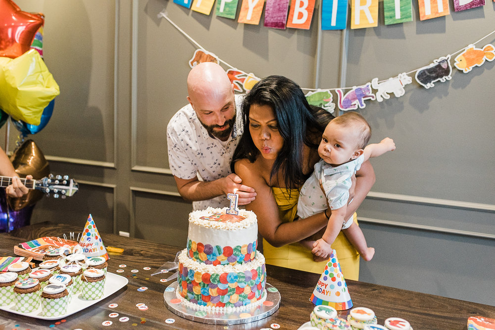 First-baby-boy-birthday-party- family-picture.jpg