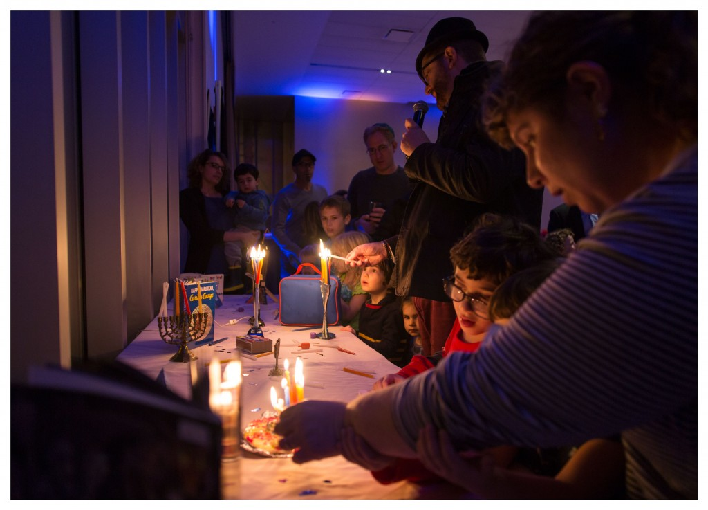 hanukkiotlighting2_lightituphanukkah_december2016