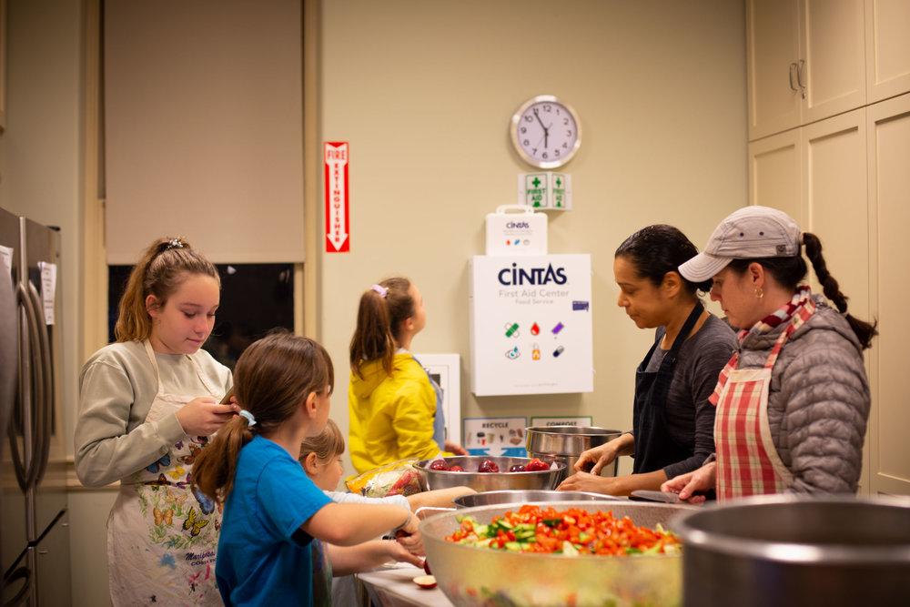 Esther, Mika, Carmen, Rose _ Naomi making salad and apple crumble.jpg