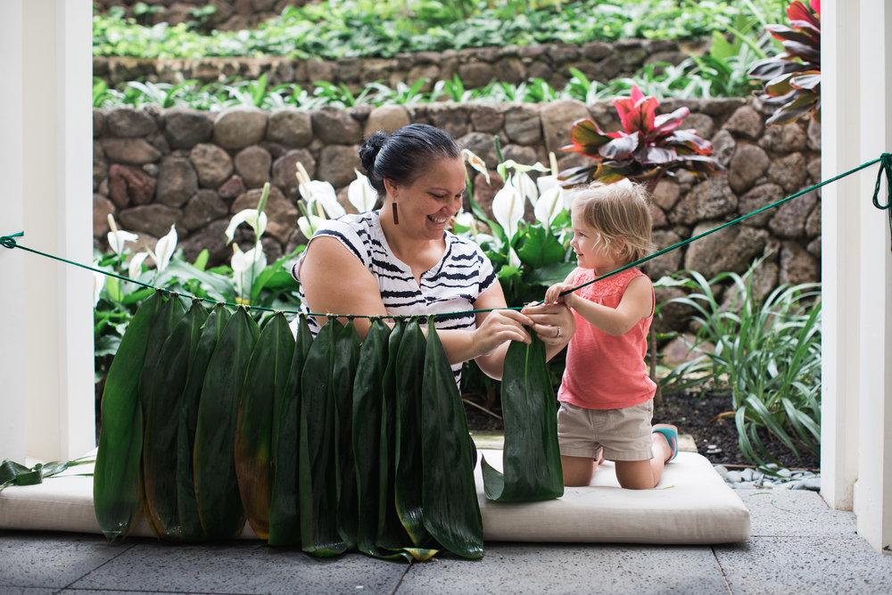 Hula_Four_Seasons_Oahu_Photographer_11.jpg