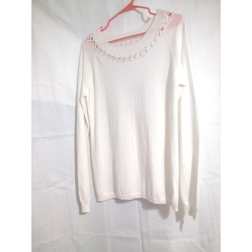 CLOTHING ATTIC - newly found pre owned fashion!