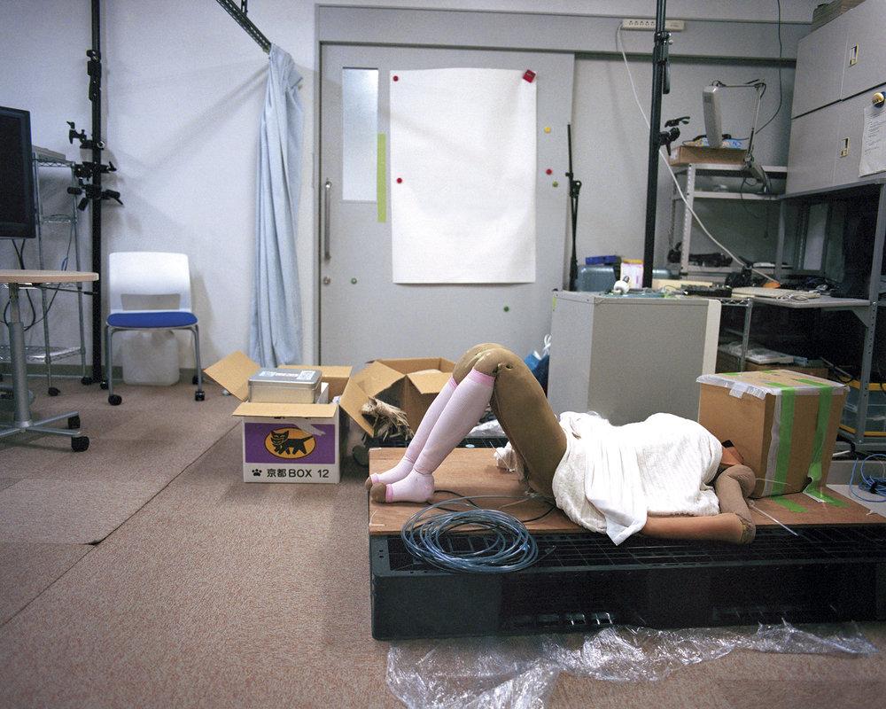 Beneath Geminoid-F,  2013  Hiroshi Ishiguro Laboratories, ATR