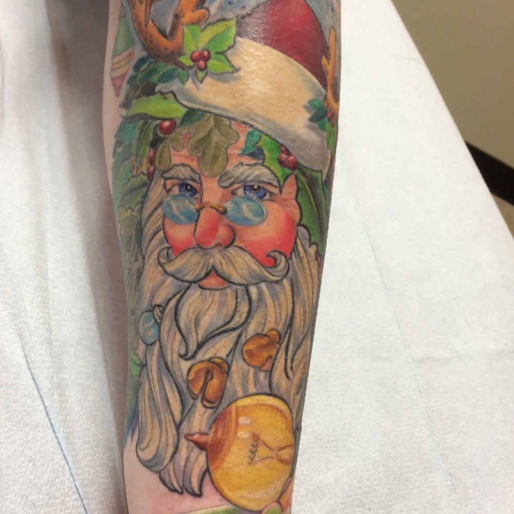 Santa Jesse Enz.jpeg