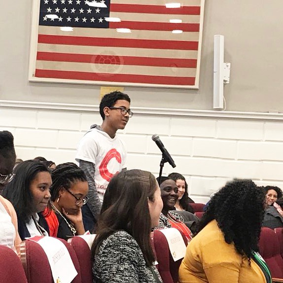 "Student: ""How do you become an activist?"" @mspackyetti: ""I'm not worried about you because you're already asking the question."" - Thank you to all of our amazing keynotes, panelists, participants, volunteers, and YOUTH for a truly transformational weekend. This has been one for the books. - Photo by @mia_hall19 via Twitter - #aocc2018 #aoccyouth2018 #harvard #aocc #teachersofinstagram #youth #build #grow #activist"