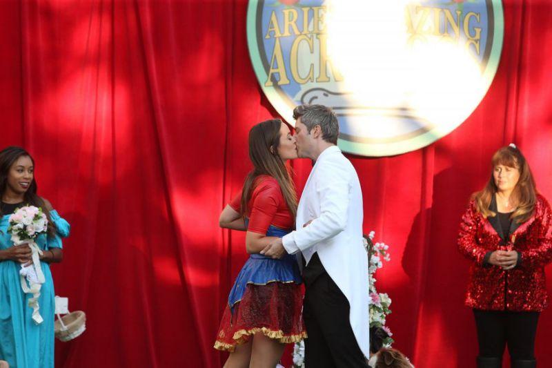 Part 2.5 Caroline kiss.jpg