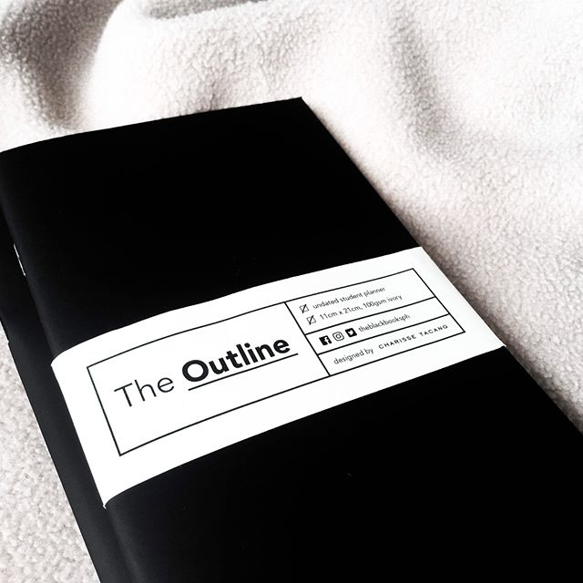 #TheOutline is an undated planner specifically made for managing student obligations. Track your class schedules, tests, submissions, and other important school dates in a single view. For more info, visit the link in our bio! #DesigningProductivity