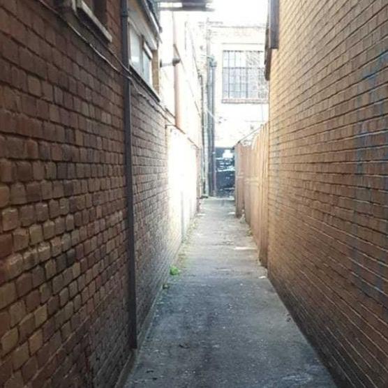 2) Please walk along the corridor and turn left -