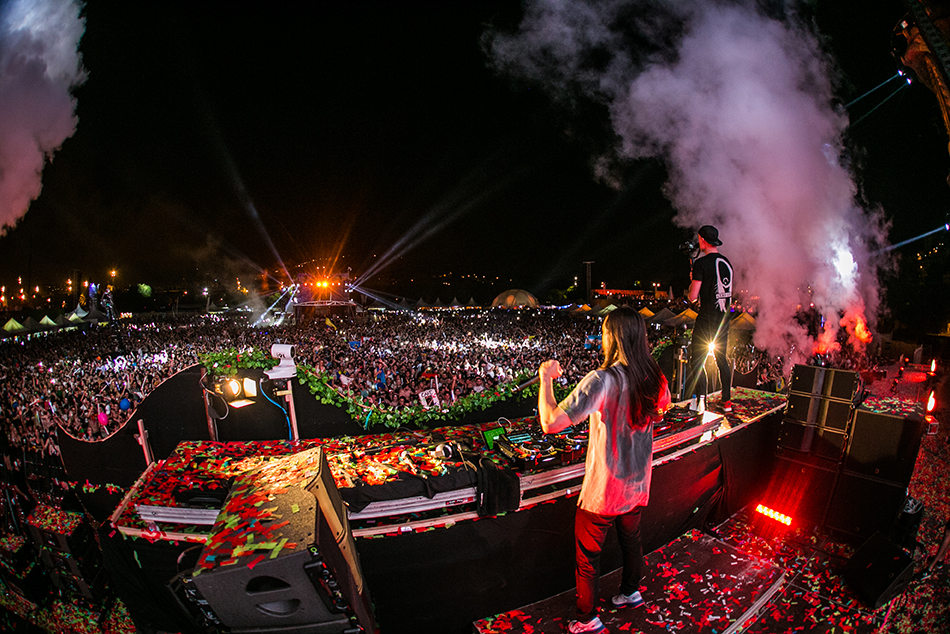 UNITE-with-tomorrowland-barcelona-Steve-Aoki-13.jpg