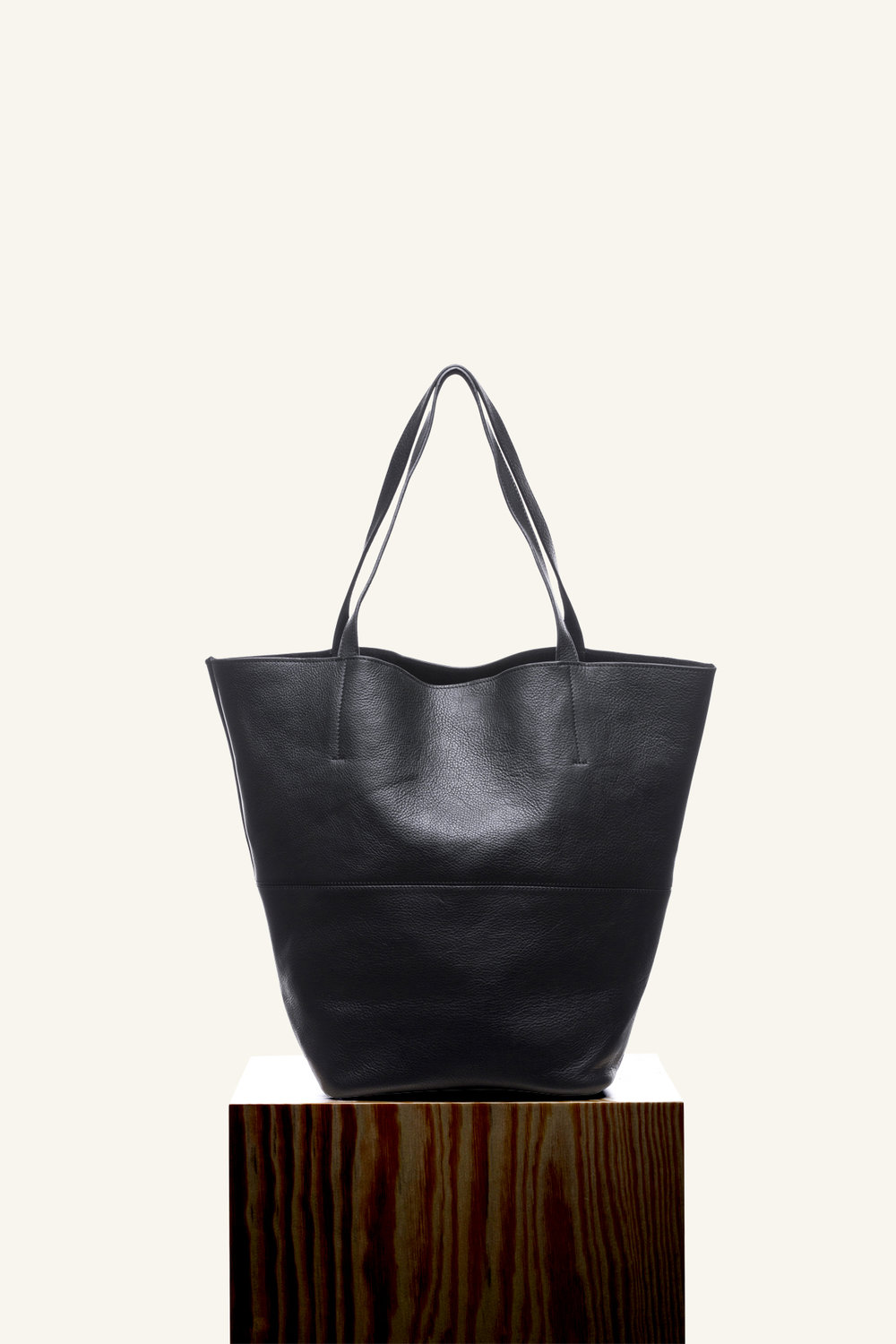 Dixie tote black new.jpg