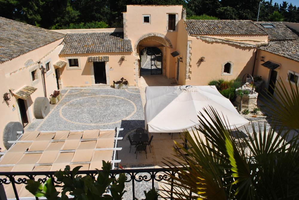 The 'Baglio' courtyard