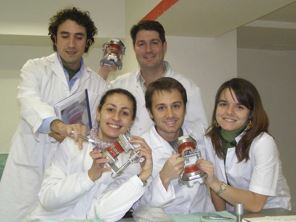 Orthodontic Training over Typodont - 2006- Spain