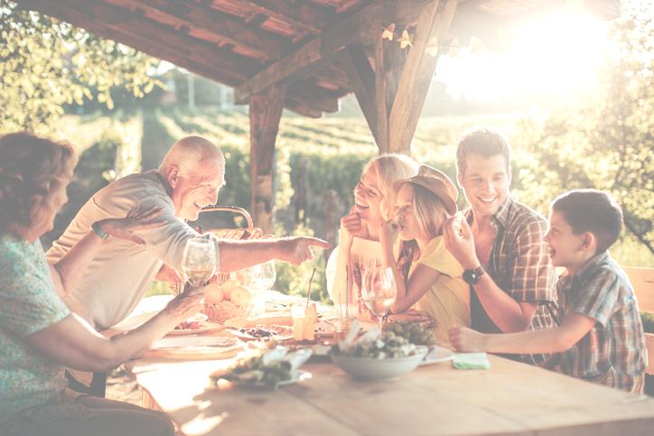 Family-fine-dining-Geneva-La-Maison-Hubert