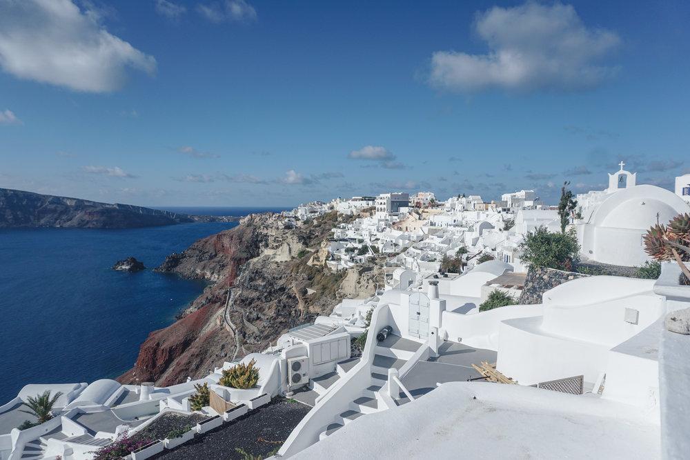 Santorini on a budget, budget greece, travel to Santorini