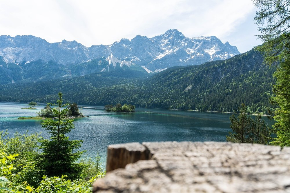 Eibsee Zugspitze.jpg