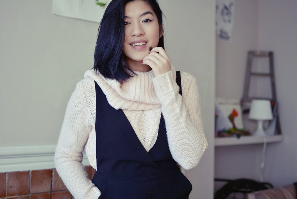 Ootd The Sweater Little Black Dress Travel Fashion Diary