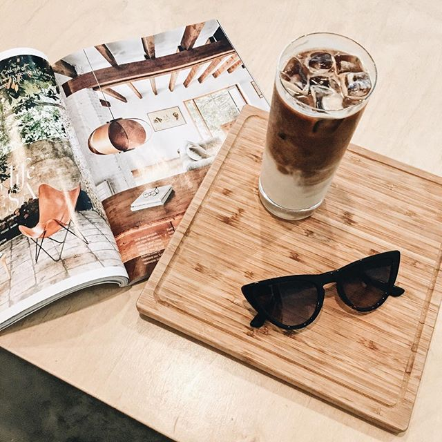 Coffee break at the best café in MTL 👉🏽 @cafenomademtl  #coffee #coffeelover #icedcoffee
