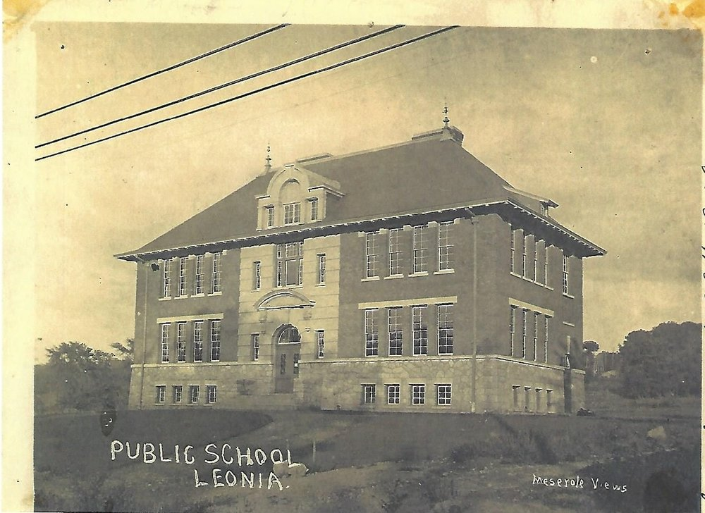 Broad Avenue elementary school 1906 - However, there were not enough students in Leonia to economically operate a high school. By inviting pupils from the surrounding communities on a tuition basis, the Borough raised sufficient funds to purchase land and construct a building on Christie Heights Street. Leonia High School was completed in April of 1913.Broad Avenue elementary school 1906 (postcard collection)