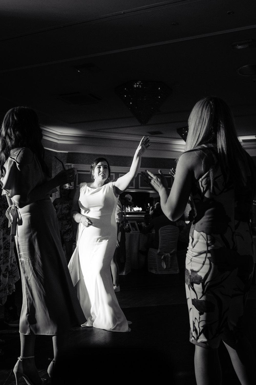 12-dancing_lo-57_29522348438_o.jpg