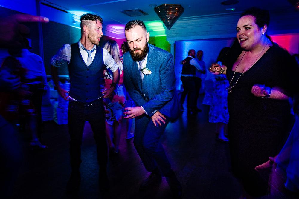 12-dancing_lo-98_42488715495_o.jpg
