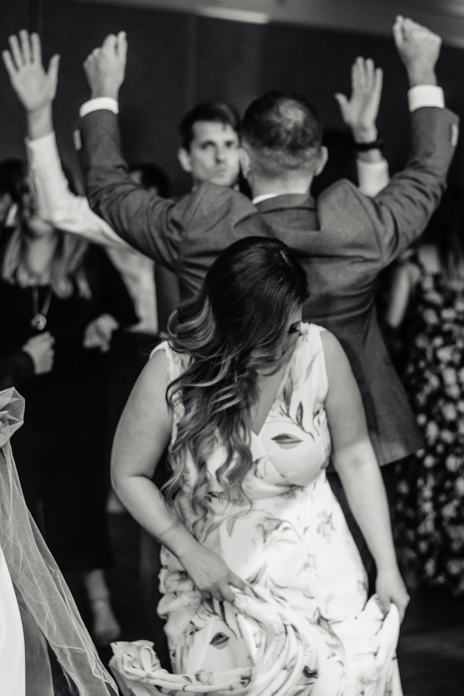 12. Dancing_lo-2.jpg