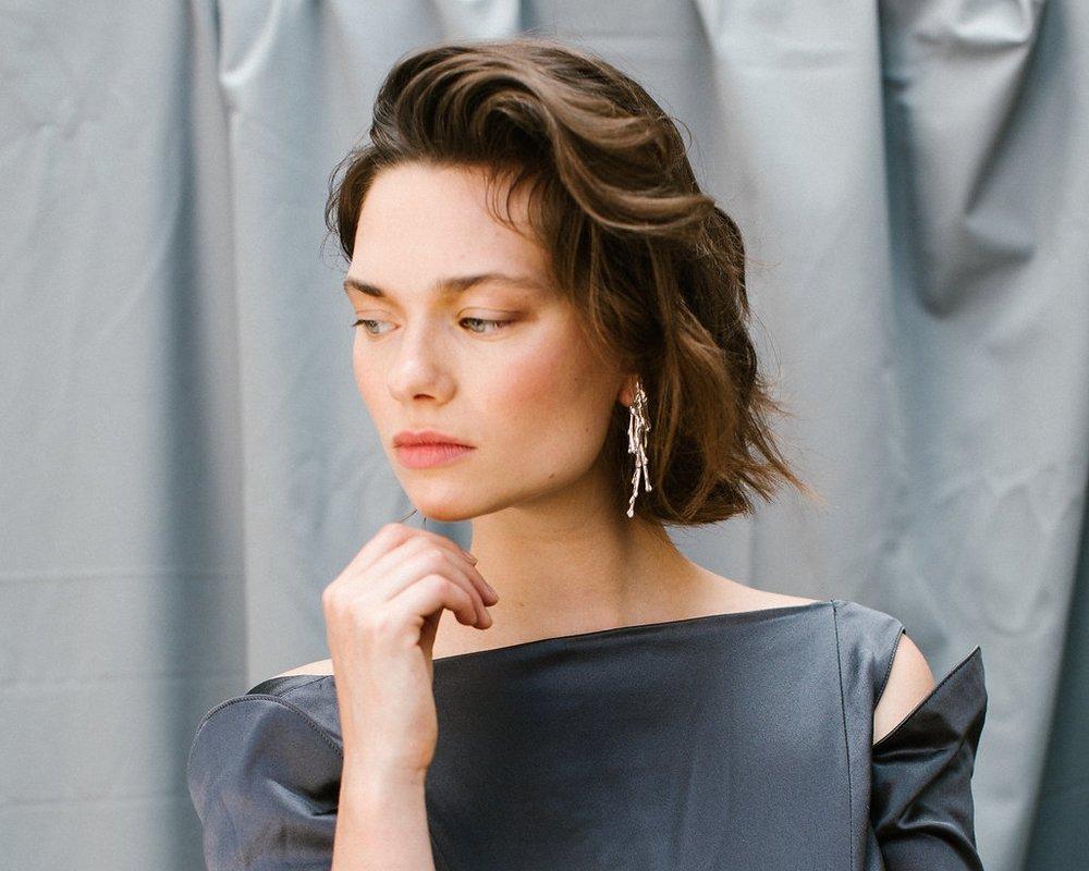 The Unda earring handmade Sterling Silver earrings by Naturae Design.