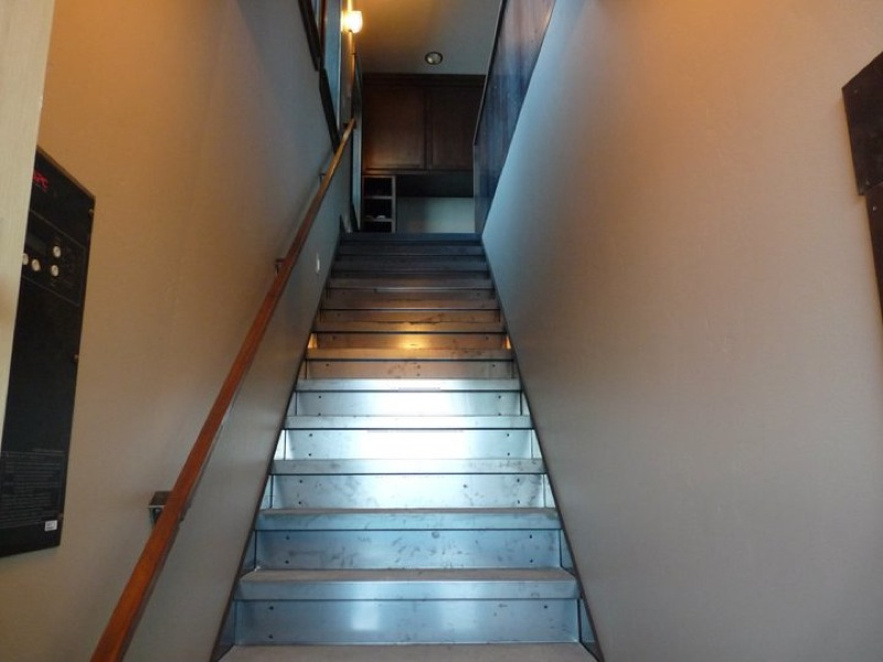 Custom-Steel-Staircase.jpg