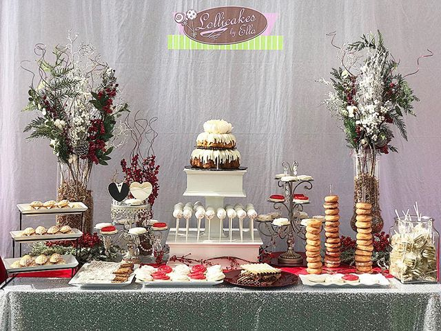 Its been a while since i made a full dessert table and pretty happy of how it cane out #weddingdessert #weddingdesserttable #desserttable #winterwonderland #weddingtreats #cakepops #sugarcookies #madeleines #pretzels #smores #lollicakesbyella