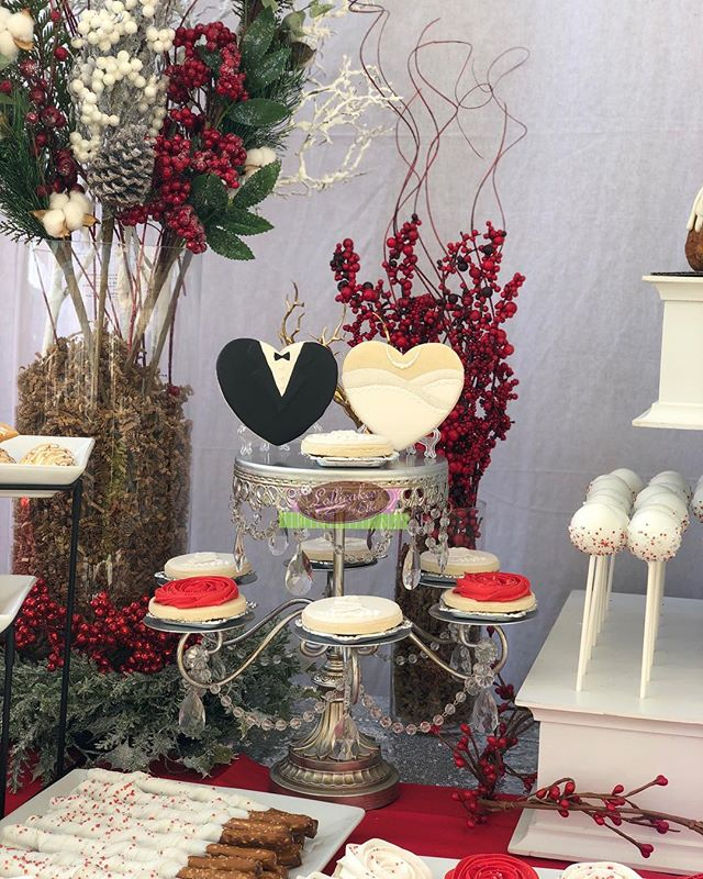 Winter Wonderland Wedding Dessert Table for a special couple #weddingdesserts #weddingdesserttable #winterwonderland #wedding #lollicakesbyella